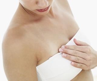 乳房の張りには要注意