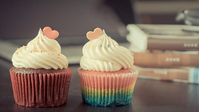 カップルのケーキ